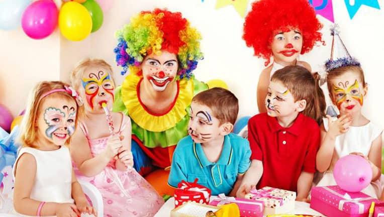 کلیپ ادیوس رقص کیک جشن تولد